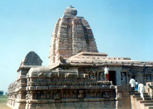 ALAMPUR - DAKSHINA KASHI (Into 7th Century & Back in 12 Hours flat)