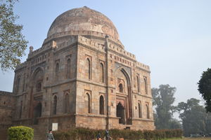 Offbeat tourist destinations for history buffs in Delhi