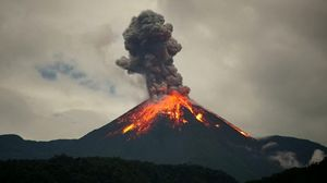 5 exquisite volcanoes around the world and how you can visit them