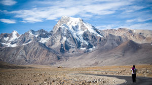 #BestTravelPictures Landscape : Mt.Chomoyummo flanks one side of the road to Gurudongmar Lake.