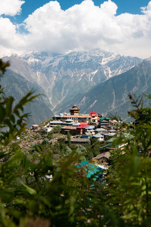 #BestTravelPictures Architecture : The tiny village of Kalpa in Kinnaur District.