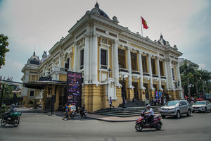 VietnamDiary 7 - Hop on-Hop off Bus Tour - My Travel stories