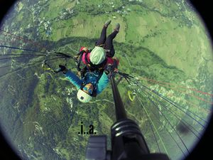 Experience of your lifetime - paragliding at Bir Billing