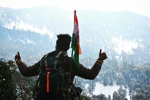 Chopta: A Trail to Paradise and Snow-capped Mountains!