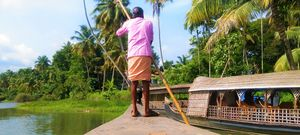 Kerala in 5 Pictures: Backwaters & Beyond