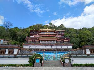 Gangtok...A Trip to The City of Monastery