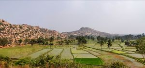 Backpacking to the city of ruins, Hampi #hampipictures