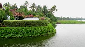 Explore the luxurious Kumarakom Lake Resort