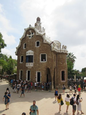 #BestTravelPictures - Architecture: Gaudi's gingerbread house @tripotocommunity