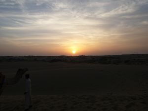 Jaisalmer Sand dunes and 9 things you should not do