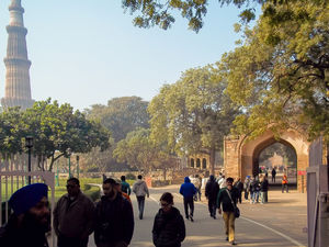 History Unveiled :  Qutub Minar and Iron Pillar of Delhi , #photoblog