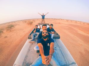 Jaisalmer trip on the top of the bus | Travel stories by @elbeardedtraveller