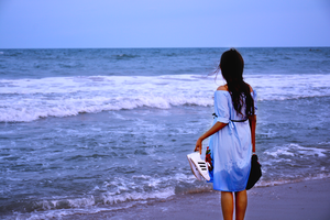 A Girl Who Have Never Seen The Ocean Before - Pondicherry Expedition