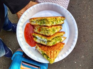 7 Best Street Foods Under Rs 100 In An Indian City #streetfoodindia