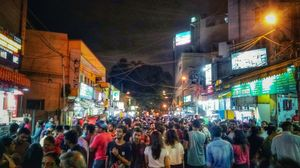 Friends, Food & Fun - VV Puram Food street (Bangalore)