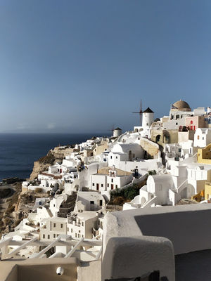 Practical 10 days guide to Greece. There is more to Greece than islands.