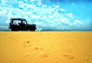 Ditch the mountains and the seas.. and make the desert your next vacation spot. #BestTravelPictures