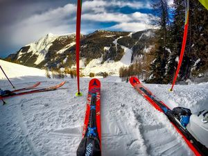 Skiing in India: Top 6 Skiing Destinations In India