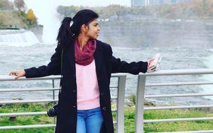Escape to Niagara falls.