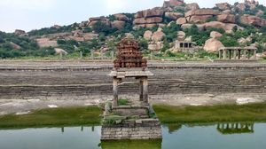 Hampi, the city of  ruins!