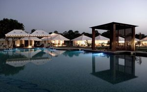 This luxury tent resort in Pushkar gives camping a luxurious twist!