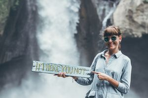 6 Foolproof Hacks To Travel The World For Free