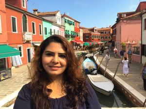Walking by the colours that fill my soul! Magical islands of Venice..