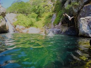 Cliff Diving,Trekking And Exploring the Emerald Pool in Nagalapuram