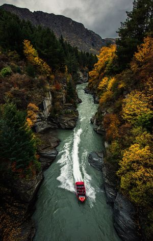 Most thrilling jet boating ride in newzealand.Shotover river jet boat.