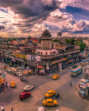North Kolkata's famous manicktala crossing #besttravelpictures