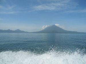 Lago de Atitlan 1/1 by Tripoto