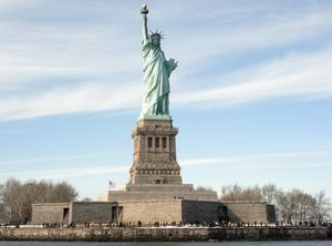Statue of Liberty 1/undefined by Tripoto