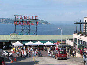 Pike Place Market Seattle 1/6 by Tripoto