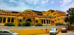 Planning for Jaipur this monsoon? FOUND THE BEST HOTEL/PALACE FOR YOU!