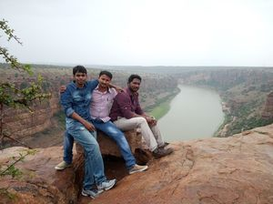 Hyderabad to Ahobilam,Gandikota, Proddatur,Yaganti & Belum Caves