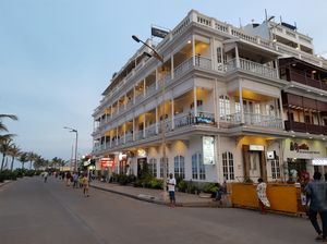 The Day and Night life of Promenade Beach Road in  Pondicherry