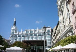 Madrid (Spain): What to do in San Miguel Neighborhood?