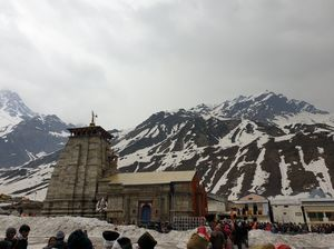 Kedarnath Devine path ( 3 wanderlusts)