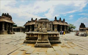 A day's trip to Hampi with Rs. 1100 in pocket.