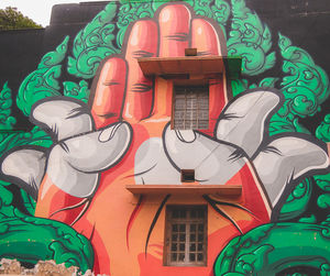 Hidden jam with Colorful art work at Lodhi Art district in Delhi