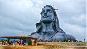 Adiyogi : Sculpture of A Yogi