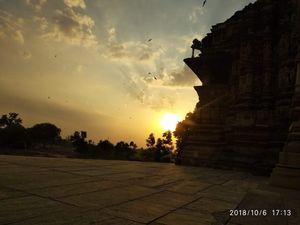 Khajuraho: Witness mesmerizing scenic beauty in a historic temple town