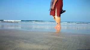 The unexploited beach of Ganpatipule:One of the best times I had with my parents.(Nasik-Ganpatipule)