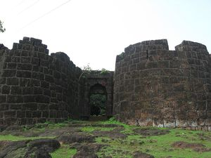 Bankot Fort 1/undefined by Tripoto