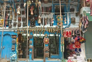 Your Shopping Guide to Nepal - Where to Go & How To Shop Like a Pro!