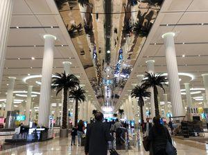 Airport Terminal 3 - Dubai - United Arab Emirates 1/undefined by Tripoto