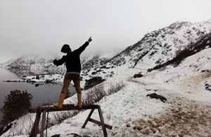 Bad weather can give you great memories: My first snow experience at Tsongmo Lake! #photosofsnow