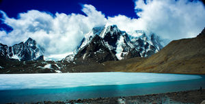 Gurudongmar Lake - Far from madness and close to divinity...