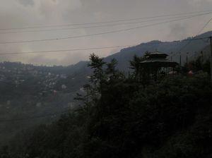 Gangtok: Of Momos, Monasteries and Monsoon!