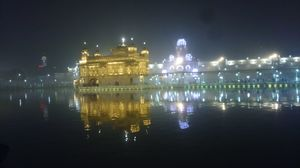 Amritsar Renovated(Golden temple) + Wagah, Jallianwala Bagh (on Republic day)